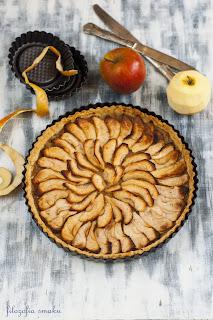 Tarta z nadzieniem jabłkowym