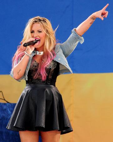 Demi Lovato to Host Teen Choice Awards » Gossip | Demi Lovato