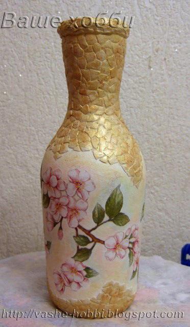 Как украсить бутылку яичной скорлупой своими руками