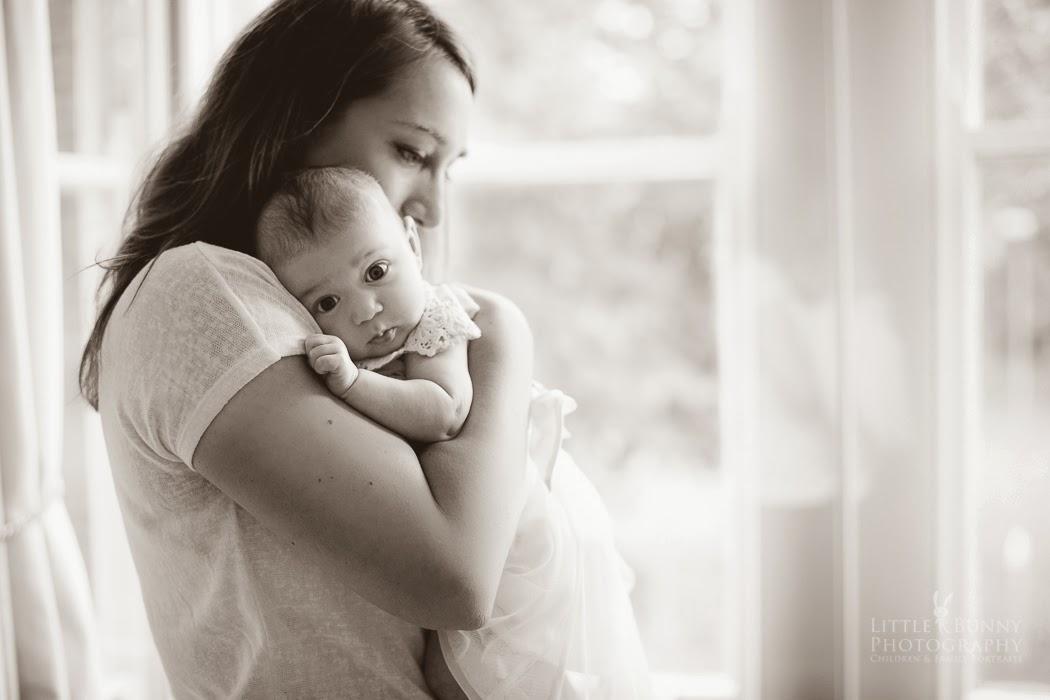 Mum baby emotions London portrait photographer