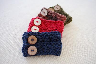 free crochet pattern star stitch bracelet cuff