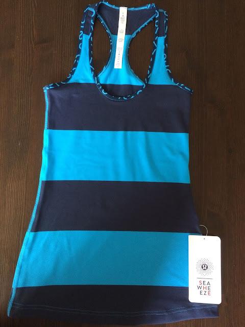 lululemon-2015-sea-wheeze-expo-merchandise blue-cool-racerback