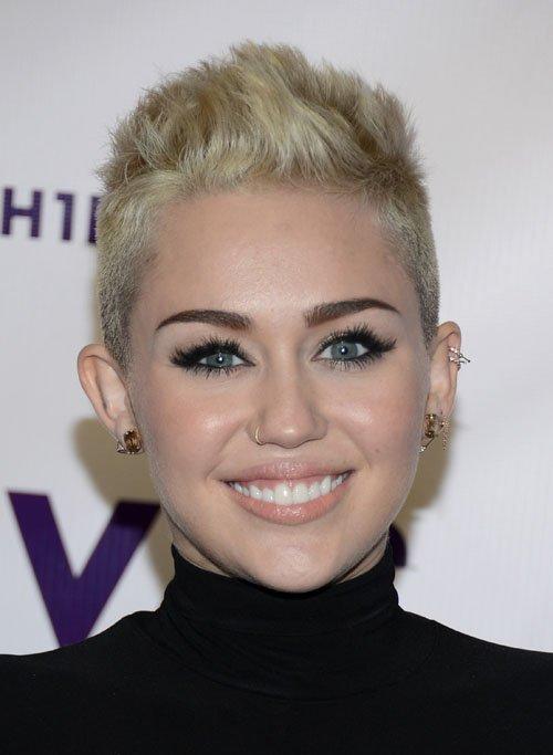 Miley Cyrus en VH1 Divas 2012 Miley-diosa-diva-003
