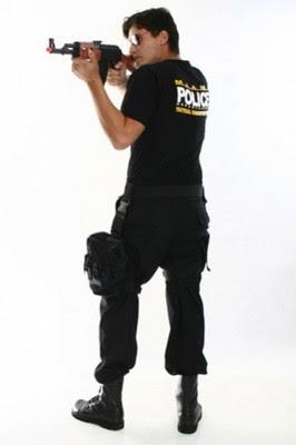 Fotos e imagens de Fantasias de Policial masculinas