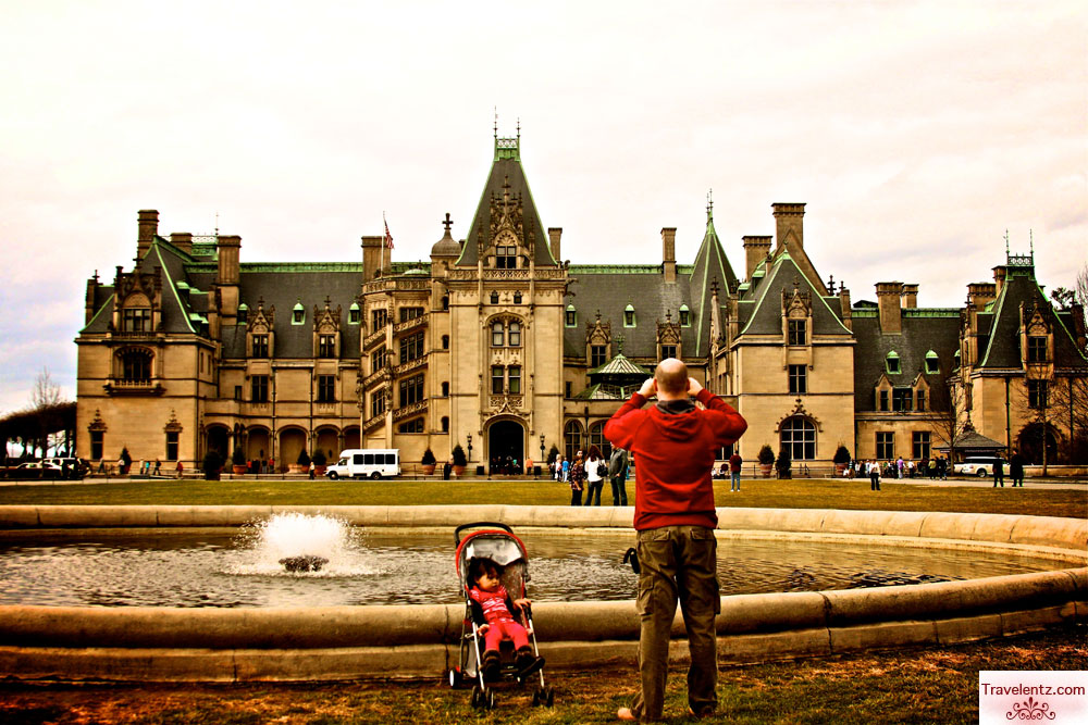 Christmas at Biltmore house with Family ~ Travelentz