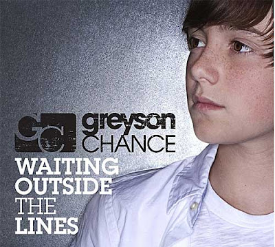 Greyson Chance - Waiting Outside The Lines Lyrics