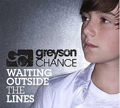 Greyson Chance - Waiting Outside The Lines Lyrics