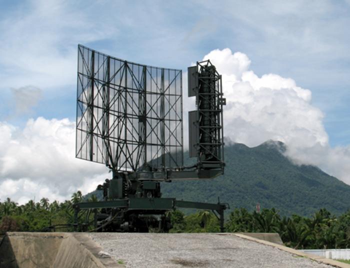 Radar Thomson TRS 2215