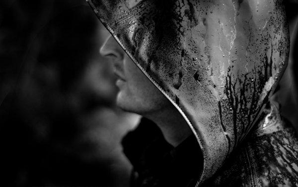 """Μείνε στην """"Σκιά""""...δράσε από την αφάνεια...γίνε ο Φόβος τους..."""