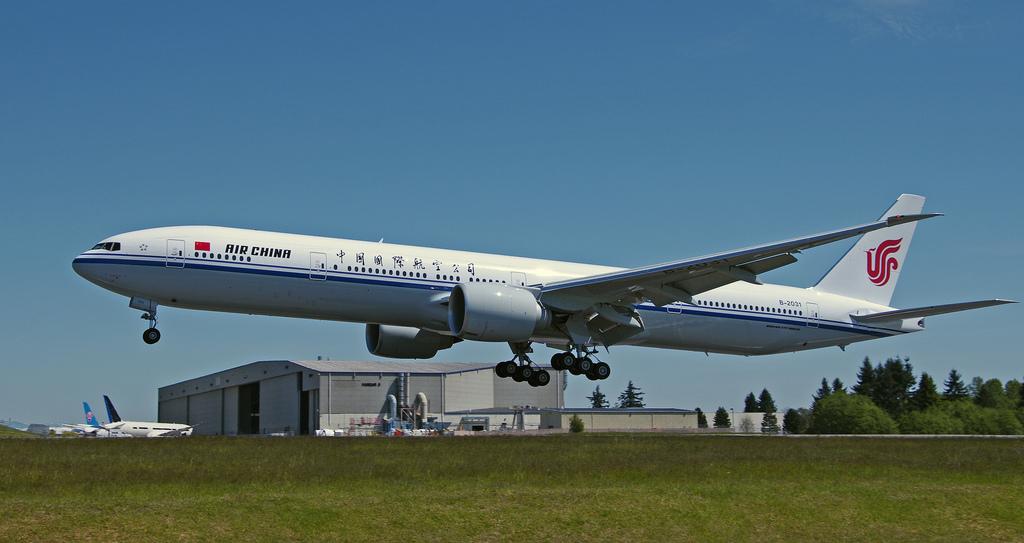 Puget Sound - Boeing Test Flights: B-2031 B777-39LER Air ...