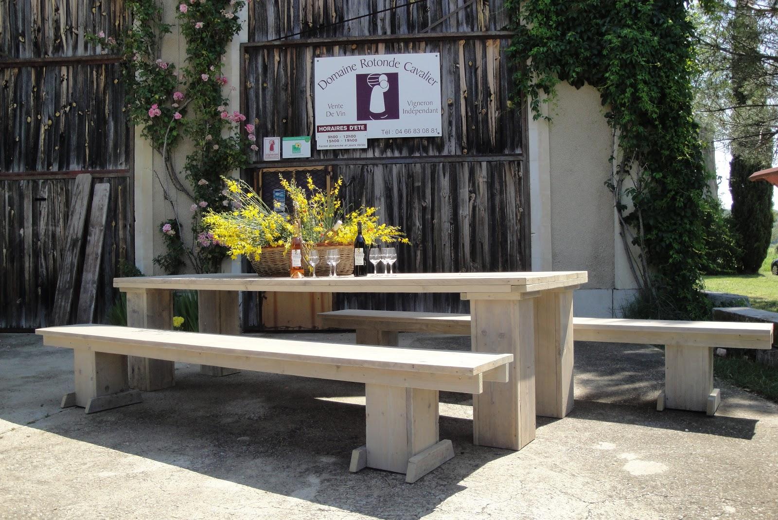 cool salon et salon de jardin bain de soleil et relax tables et chaises canaps lits bar et. Black Bedroom Furniture Sets. Home Design Ideas