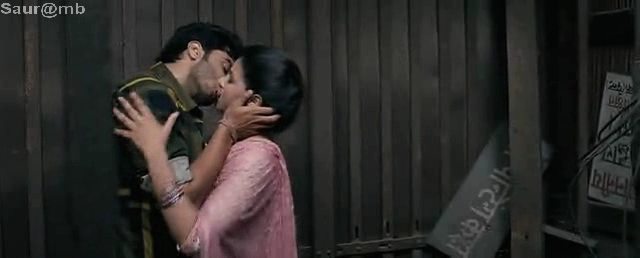 Parineeti Chopras First Kissing Scene With Arjun Kapoor From The