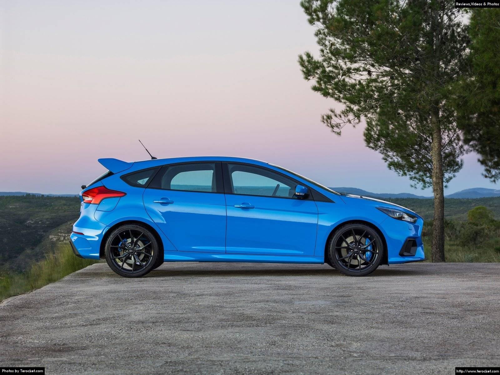Hình ảnh xe ô tô Ford Focus RS 2016 & nội ngoại thất