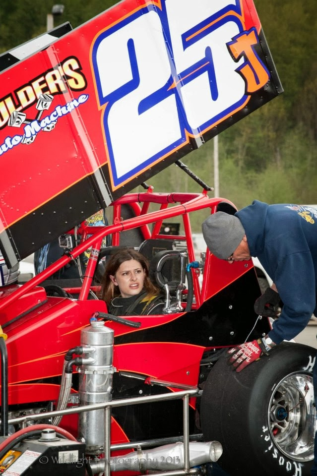 Quot In The Dirt With The Sprint Car Girls Quot Quot Sprint Car