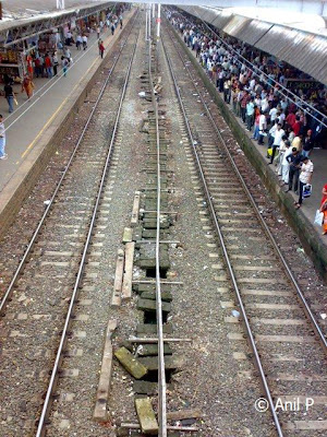 Borivali_Railway_Station_Photo