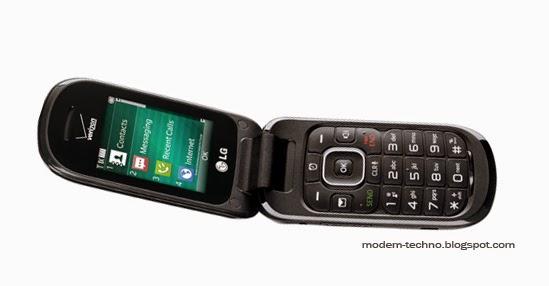 LG VN 170 Revere 3 CDMA 20001x basic flip cellphone (Verizon) opened image