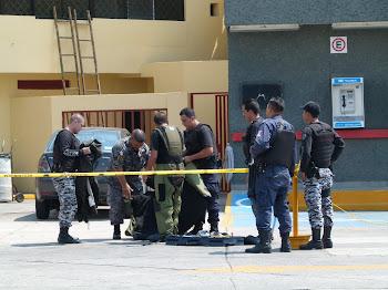 LOCALIZAN ARTEFACTO EXPLOSIVO EN BAÑO DE GASOLINERA CERCANA A POLICÍA DE GUADALAJARA