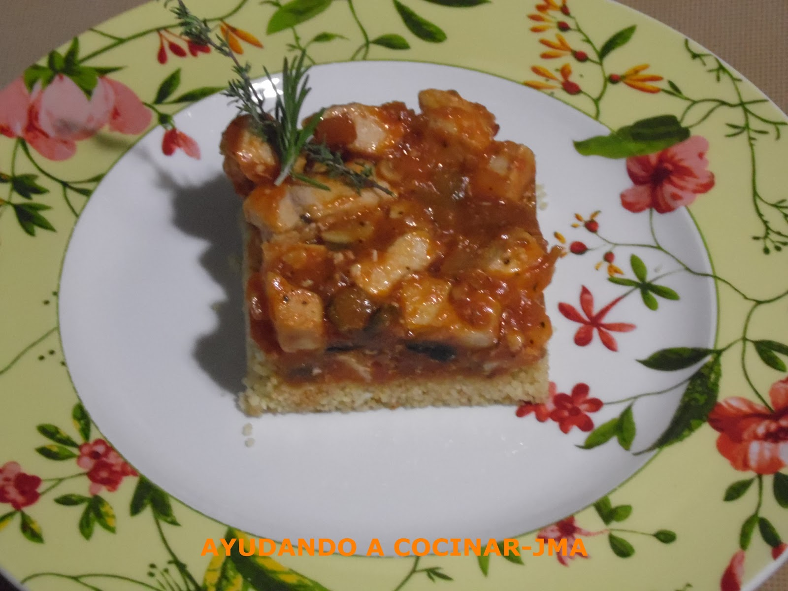 Pastel De Cuscús Con Pollo.
