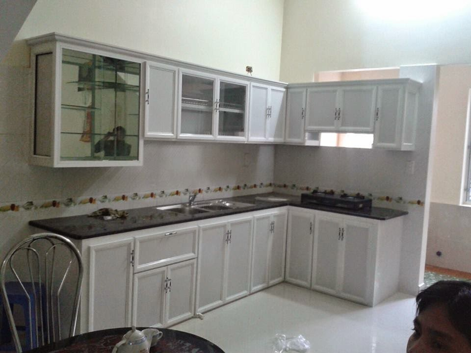 tủ bếp treo tường bằng nhôm giá rẻ