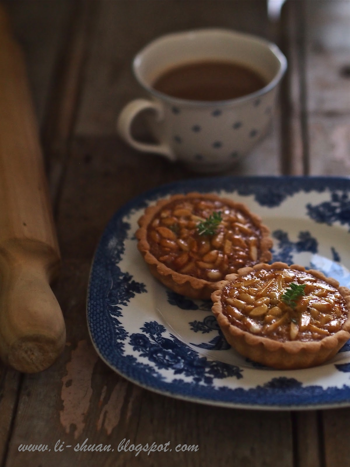 Helena's Kitchen: Pine Nut and Honey Tart, Prune Custard Tard & Mini ...