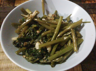 Cooking Water Spinach with Taosi
