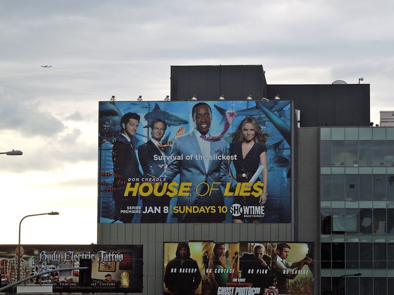 Giant House of Lies TV billboard