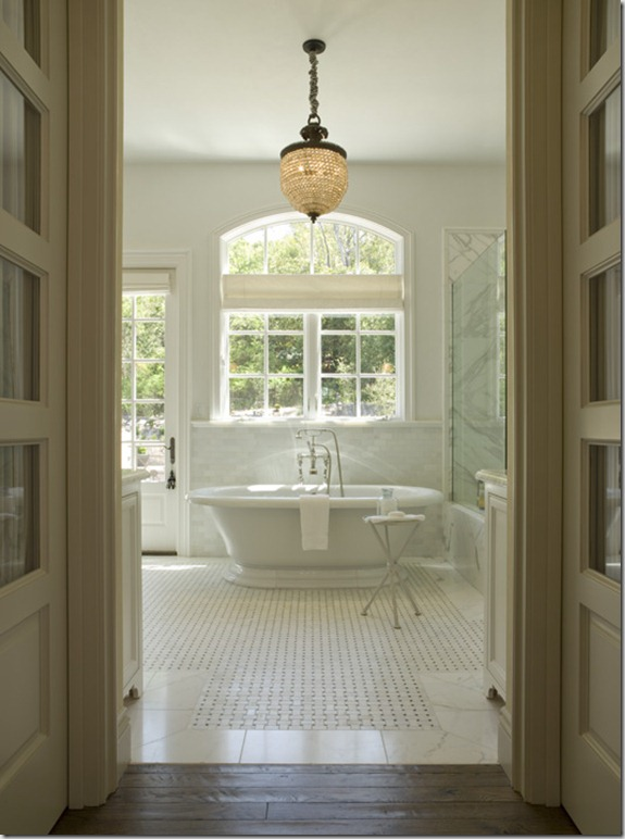Pretty Old Houses: The Master Bath--Progress at Last!