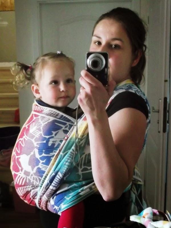 dwulatka w kieszonce w chuście pellicano baby nazka kluer
