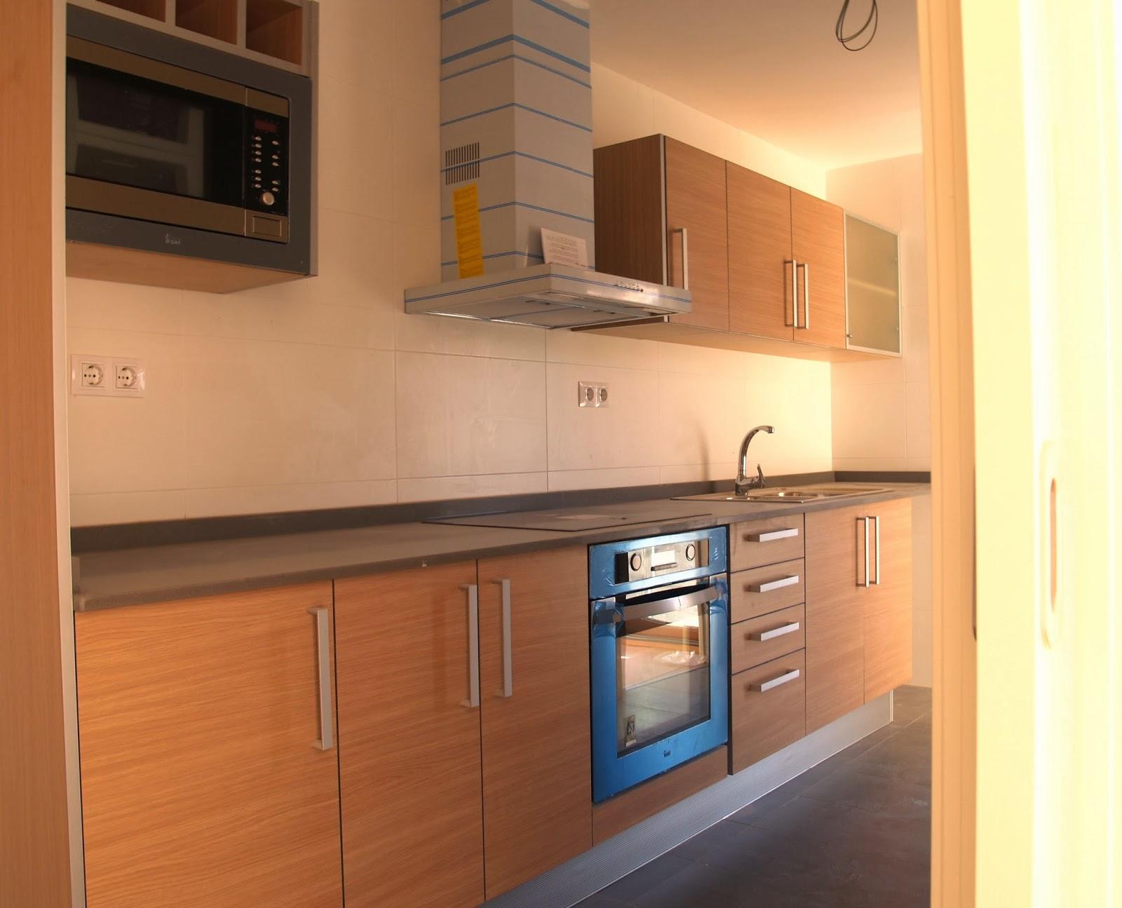 Kit oulet 2012 cocinas a medida a precio de outlet for Precios muebles de cocina a medida