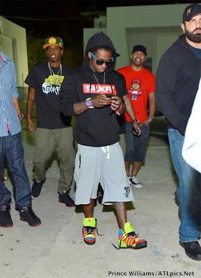 fotos de lil wayne en el club compound