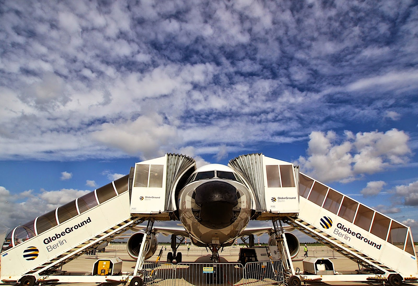 Flugzeug%2BRene%CC%81%2B(1)