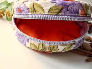 сумочка, сумка, косметичка, своими руками, ручная работа, цветы из ткани