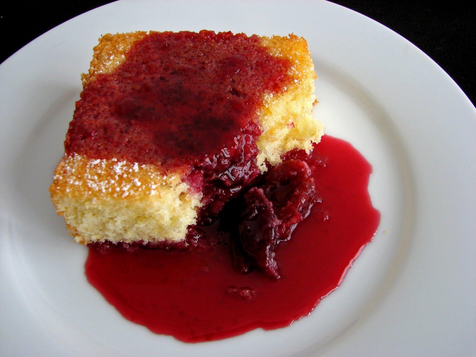 :pastry studio: Cornmeal Cake with Balsamic Cherries