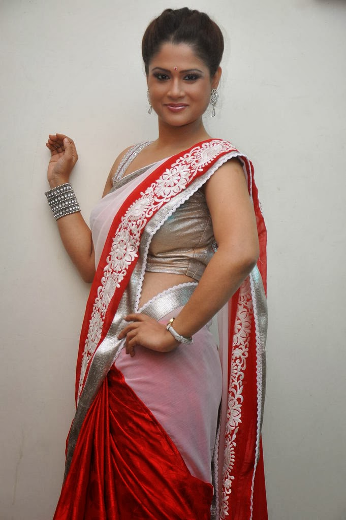 sexy Shilpa chakravarthy in hot red saree