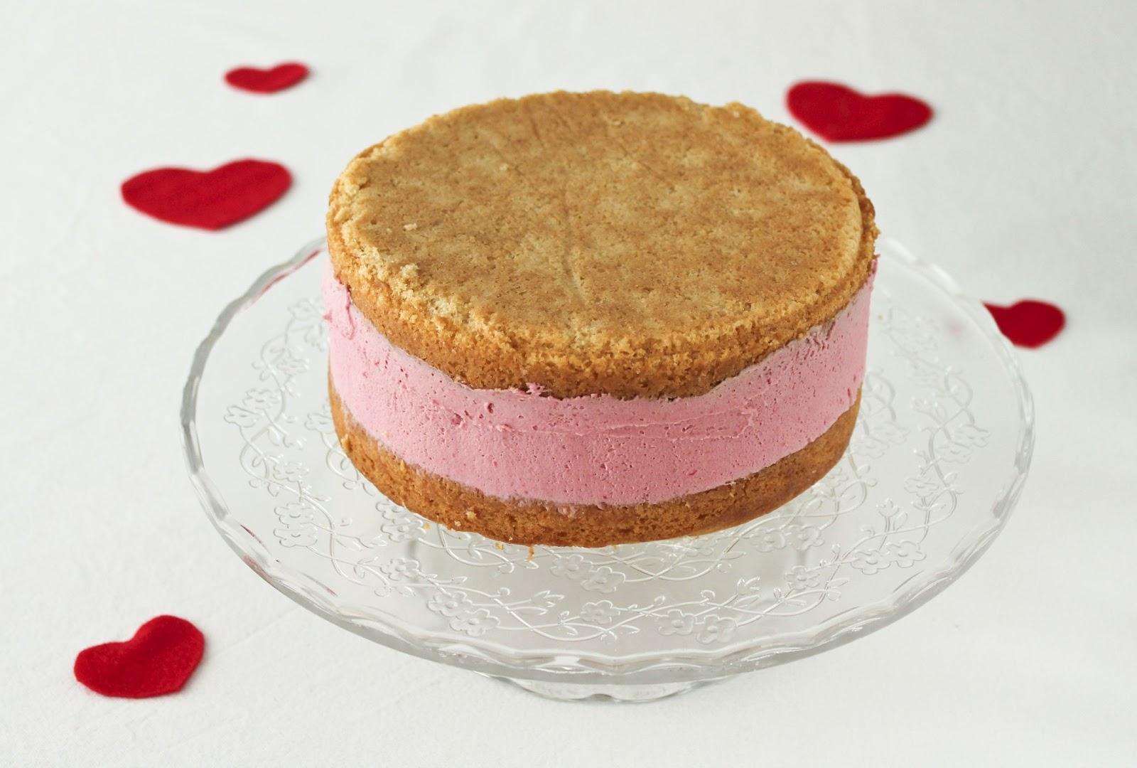 maple•spice: Raspberry White Chocolate Mousse Cake