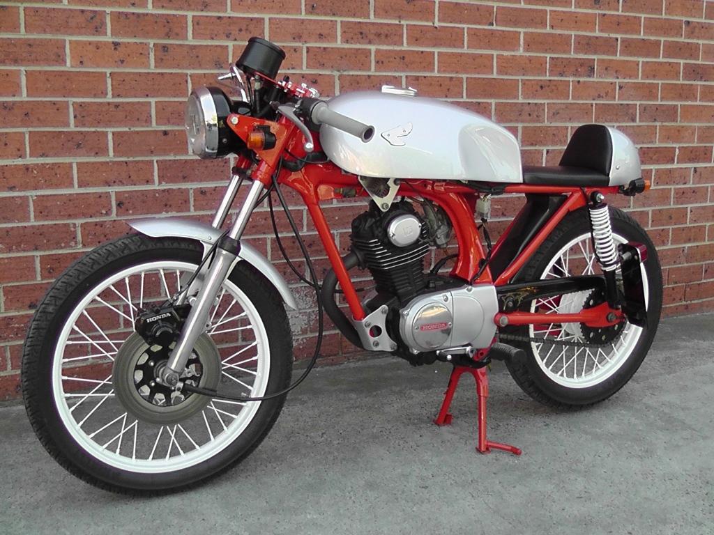 Honda CB125 Silver Shogun Cafe Racer