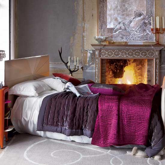 Lotus fig fuschia aubergine cool bright bedrooms for Fuschia bedroom ideas