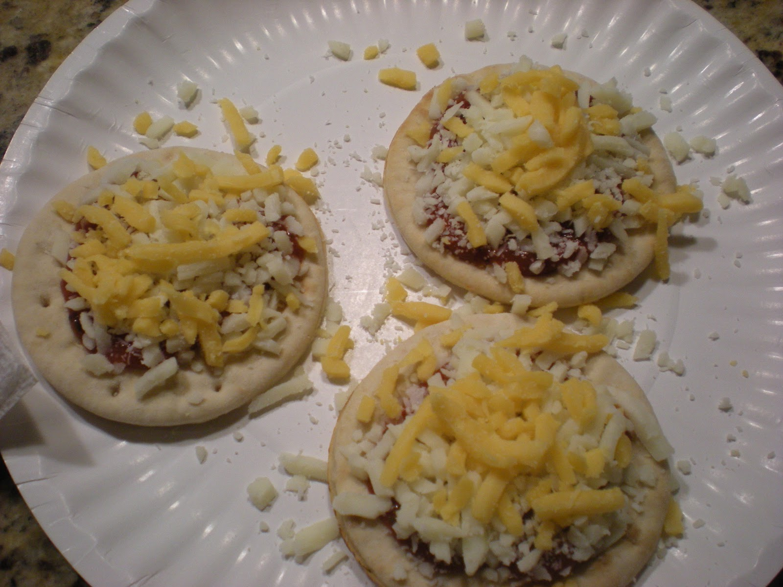 Lunch Packs furthermore Oscar Mayer Lunchables Extra Cheesy together with A 12945441 together with Lunchables Cheese Pizza moreover 13908431. on oscar mayer lunchables extra cheesy