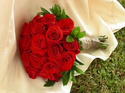 red roses wedding