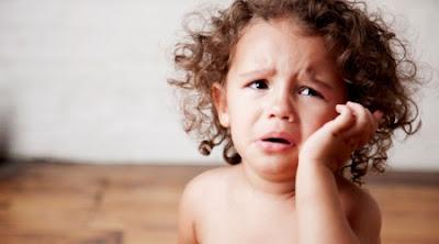 masalah sembelit kanak-kanak, cara mengatasi sembelit, makanan untuk anak yang mengalami masalah sembelit