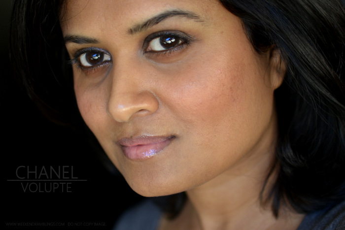 Chanel Levres Scintillantes Glossimer Volupte 165 Swatch Photos Review FOTD Makeup Beauty Blog Indian Darker skin