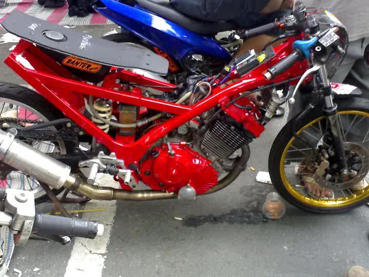 Motor Modifikasi Terbaru 2011/2012: Foto Motor Satria FU Drag Terbaru
