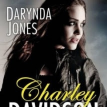 Charley Davidson, tome 5 : Cinquième tombe au bout du tunnel Darynda Jones