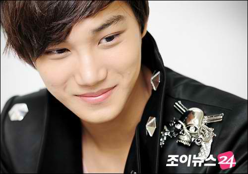 No Regrets Exo 30 Days Challenge A Picture Of Kai Smiling Day 9