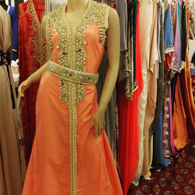 mesure ) au prix pas cher sur notre boutique caftan marocain unes des  spécialistes en créations sur mesure de tenues traditionnelles Marocaines  de luxe