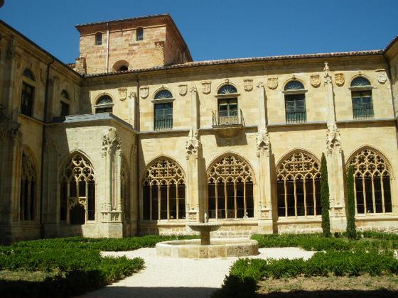 imagen_burgos_monasterio_arte_edificio_iglesia_claustro_gotico_oña_panteon_fuente