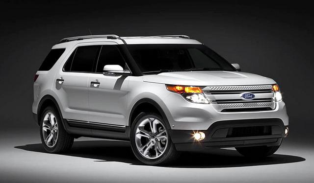 got broken cars: 2011 ford explorer.