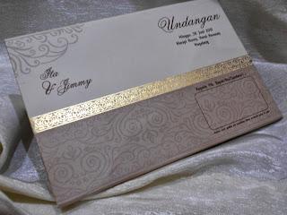 Undangan Pernikahan Lembayun Coklat (enha-HC049)