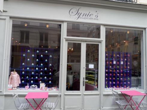 Vitrine de la boutique de cupcakes Synie's