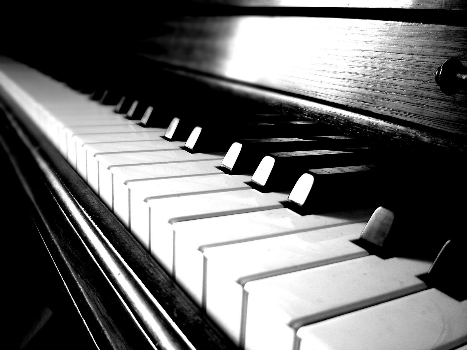 MyTree Poetry!: Piano